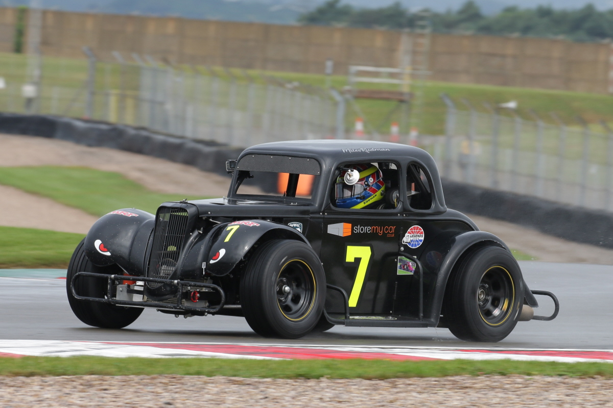 Title Battle Reaches Crucial Stage As Legends Head To Snetterton
